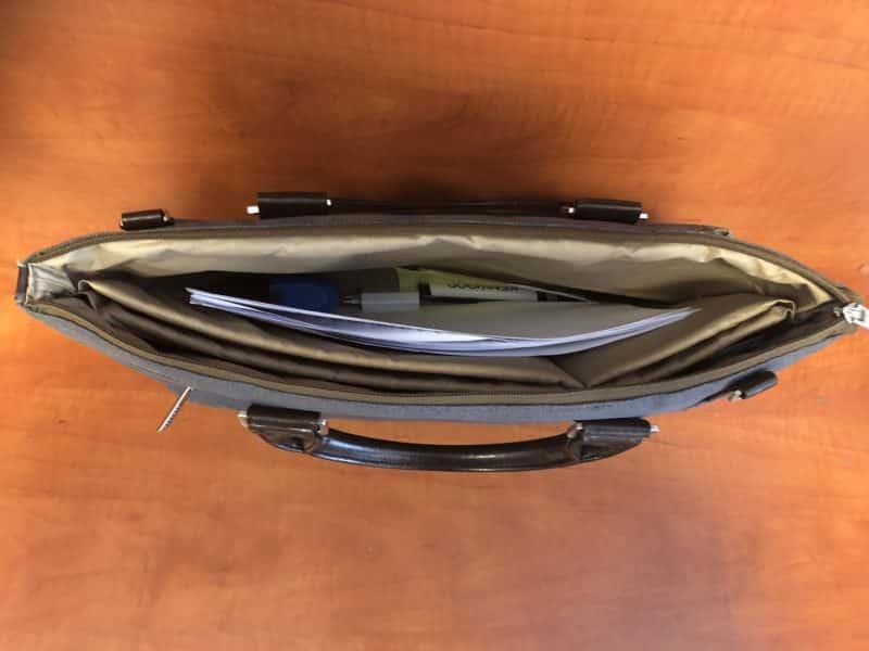 mini lehallgató táskába